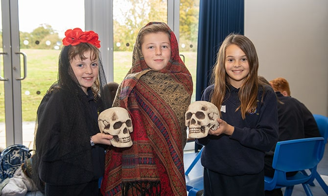 Year 7 Enrichment Day - 'Day of the Dead' picture 3